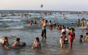 gaza, bambini mare