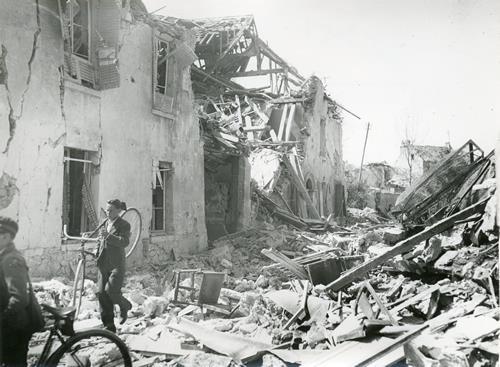 Bombardamenti a Parigi, 16 agosto 1943