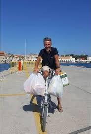 Martin Angioni fa la spesa